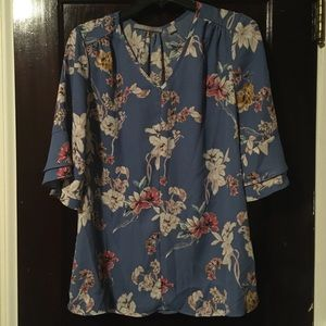 Blue floral top perfect for work/ at the office!